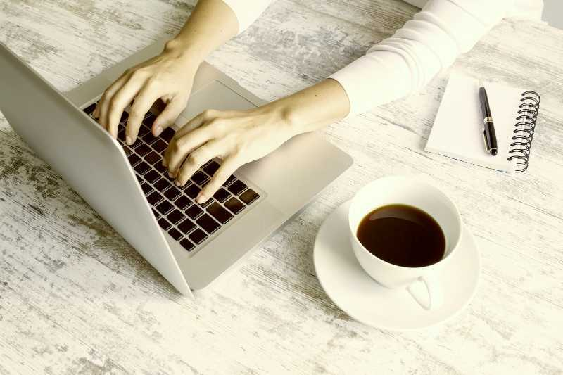 How coffee reduces workplace stress