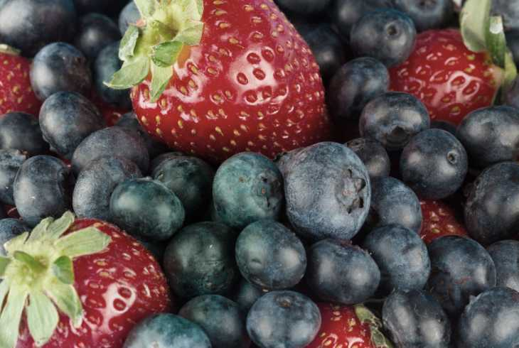 Blueberries and Strawberries full of antioxidants